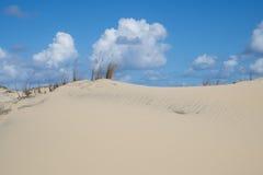 Άμμος και σύννεφα Στοκ φωτογραφία με δικαίωμα ελεύθερης χρήσης
