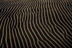 άμμος κυματώσεων ανασκόπησης Στοκ φωτογραφία με δικαίωμα ελεύθερης χρήσης