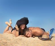 άμμος παιχνιδιού κοριτσιώ& Στοκ Φωτογραφία