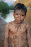 άμμος προσώπου αγοριών τη&sig Στοκ φωτογραφίες με δικαίωμα ελεύθερης χρήσης