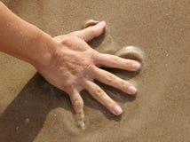 άμμος χεριών Στοκ Εικόνες