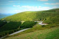 Άνεμος δρόμος βουνών Στοκ Εικόνες