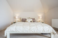 άνετη πολυτέλεια κρεβατοκάμαρων Στοκ Εικόνες