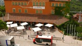 Άνετος θερινός καφές στη Βαρκελώνη στο βουνό Tibidabo απόθεμα βίντεο
