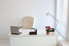 άνετο σύγχρονο γραφείο Στοκ Φωτογραφία