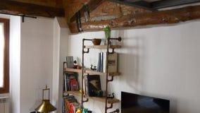 Άνετο σύγχρονο διαμέρισμα 4k Ιταλία πόλεων λιμνών como φιλμ μικρού μήκους