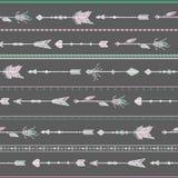 Άνευ ραφής άσπρα βέλη σχεδίων, ύφος boho Στοκ εικόνα με δικαίωμα ελεύθερης χρήσης