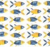 Άνευ ραφής επαναλαμβανόμενο σχέδιο με χαριτωμένο λίγο ψάρι στο μπλε ναυτικό και φωτεινό κίτρινο χρώμα απεικόνιση αποθεμάτων