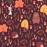 Άνευ ραφής ζωικό σχέδιο στο δάσος Στοκ Εικόνες