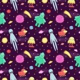 Άνευ ραφής διανυσματικό διαστημικό σχέδιο με τους χαριτωμένους και αστείους αλλοδαπούς και τα τέρατα κινούμενων σχεδίων Στοκ Εικόνες