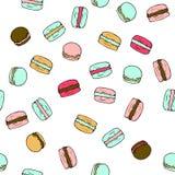 Άνευ ραφής διανυσματικό σχέδιο με τα γλυκά γαλλικά macarons doodle ελεύθερη απεικόνιση δικαιώματος
