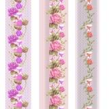 Άνευ ραφής κάθετο σχέδιο δαντελλών με τα τριαντάφυλλα και τα διαφορετικά λουλούδια Στοκ Φωτογραφίες