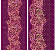 Άνευ ραφής κάθετο σχέδιο δαντελλών με το Paisley και τα λουλούδια Στοκ φωτογραφία με δικαίωμα ελεύθερης χρήσης