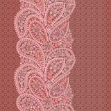 Άνευ ραφής κάθετο σχέδιο δαντελλών με το Paisley και τα λουλούδια Στοκ εικόνες με δικαίωμα ελεύθερης χρήσης