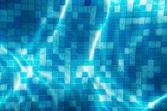 Άνευ ραφής καυστική σύσταση πισινών νερού μωσαϊκό στοκ εικόνες