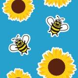 Άνευ ραφής μέλισσα και ηλίανθος μελιού σχεδίων στο μπλε υπόβαθρο απεικόνιση αποθεμάτων
