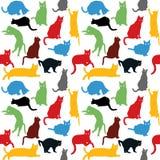 Άνευ ραφής με τις ζωηρόχρωμες σκιαγραφίες γατών, υπόβαθρο για τα παιδιά Στοκ Εικόνα