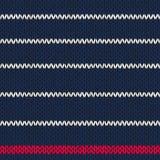 Άνευ ραφής πλεκτό σχέδιο με τα κόκκινα άσπρα λωρίδες Στοκ εικόνες με δικαίωμα ελεύθερης χρήσης