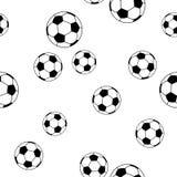 Άνευ ραφής ποδόσφαιρο σχεδίων στο άσπρο υπόβαθρο για τη μόδα παιδιών Στοκ Εικόνες