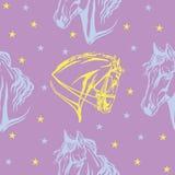 Άνευ ραφής πορφυρό σχέδιο με τα άλογα Στοκ φωτογραφία με δικαίωμα ελεύθερης χρήσης