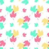 Άνευ ραφής πρότυπο με τα ζωηρόχρωμα φύλλα Στοκ Φωτογραφίες