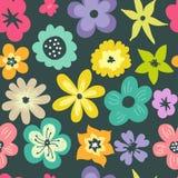 Άνευ ραφής πρότυπο με τα λουλούδια κρητιδογραφιών Στοκ εικόνα με δικαίωμα ελεύθερης χρήσης