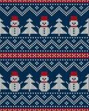 Άνευ ραφής πλεκτό σχέδιο χειμερινών διακοπών με το χιονάνθρωπο και Christm Στοκ Εικόνα