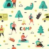 Άνευ ραφής σχέδιο θερινής στρατοπέδευσης Άνθρωποι χαρακτηρών κινουμένων σχεδίων στο στρατόπεδο Εξοπλισμός ταξιδιού, πυρά προσκόπω διανυσματική απεικόνιση