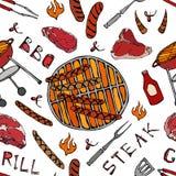 Άνευ ραφής σχέδιο θερινό BBQ του κόμματος σχαρών Μεγάλα λουκάνικα, πλέγμα σχαρών, λαβίδες, δίκρανο, πυρκαγιά, κέτσαπ Συρμένο χέρι ελεύθερη απεικόνιση δικαιώματος