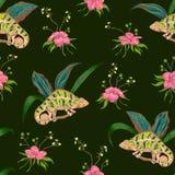 Άνευ ραφής σχέδιο με τα τροπικούς λουλούδια, τα φύλλα και το χαμαιλέοντα Εξωτικό βοτανικό υπόβαθρο Στοκ Εικόνες
