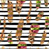 Άνευ ραφής σχέδιο με τα φτερά watercolor Μπορέστε να χρησιμοποιηθείτε για την υφαντική τυπωμένη ύλη, κεραμίδι σχεδίου, ταπετσαρία Στοκ Φωτογραφίες
