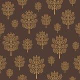 Άνευ ραφής σχέδιο με τα χρυσά αφηρημένα δέντρα σε ένα σκοτεινό καφετί υπόβαθρο καφέ απεικόνιση αποθεμάτων