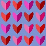 Άνευ ραφής σχέδιο με τις καρδιές στους ρόδινους και κόκκινους τόνους Στοκ εικόνες με δικαίωμα ελεύθερης χρήσης