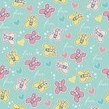 Άνευ ραφής σχέδιο με τις πεταλούδες doodle Στοκ Εικόνες