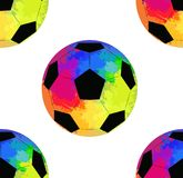 Άνευ ραφής σχέδιο με τις σφαίρες ποδοσφαίρου με το υπόβαθρο ουράνιων τόξων watercolor απεικόνιση αποθεμάτων