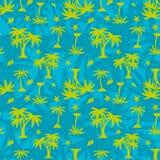 Άνευ ραφής σχέδιο, πράσινη σκιαγραφία, φοίνικας και θαλασσινά κοχύλια στο α ελεύθερη απεικόνιση δικαιώματος