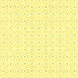 Άνευ ραφής σχέδιο των αφηρημένων κίτρινων και ιωδών κύκλων κρητιδογραφιών σε ένα ανοικτό κίτρινο υπόβαθρο για τα υφάσματα, ταπετσ απεικόνιση αποθεμάτων