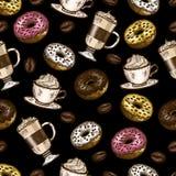 Άνευ ραφής σχέδιο των ζωηρόχρωμων donuts, φασόλια καφέ, cappuccino και latte στο μαύρο υπόβαθρο απεικόνιση αποθεμάτων