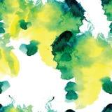Άνευ ραφής σχέδιο των πράσινων και κίτρινων λεκέδων watercolor στο άσπρο υπόβαθρο Στοκ Φωτογραφίες