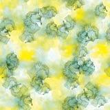 Άνευ ραφής σχέδιο των πράσινων και κίτρινων λεκέδων watercolor στο άσπρο υπόβαθρο Στοκ Φωτογραφία
