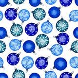 Άνευ ραφής σχέδιο των σφαιρών Χριστουγέννων Απεικόνιση Watercolour του χεριού που χρωματίζεται Διακοσμητικές διακοσμήσεις διακοπώ στοκ φωτογραφία με δικαίωμα ελεύθερης χρήσης