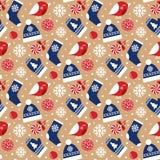 Άνευ ραφής σχέδιο Χριστουγέννων με τα πουλιά και το χειμερινό ιματισμό Στοκ Εικόνα