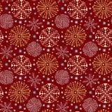 Άνευ ραφής σχέδιο Χριστουγέννων στο κόκκινο χρώμα Snowflakes τυλίγοντας έγγραφο Υφαντικό σχέδιο, εσωτερικό ντεκόρ και νέα διακόσμ διανυσματική απεικόνιση