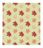 Άνευ ραφής σχέδιο SSimple Φύλλα σφενδάμου φθινοπώρου στα θερμά χρώματα Στοκ εικόνες με δικαίωμα ελεύθερης χρήσης