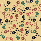 Άνευ ραφής σχέδιο άνοιξη με τα διακοσμητικά λουλούδια και τα φύλλα Στοκ φωτογραφία με δικαίωμα ελεύθερης χρήσης