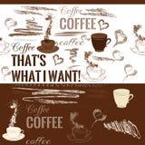 Άνευ ραφής σχέδιο καφέ με συρμένα τα χέρι αντικείμενα καφέ Στοκ Φωτογραφίες