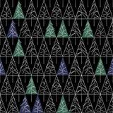 Άνευ ραφής σχέδιο με τα δέντρα έλατου στο υπόβαθρο απεικόνιση αποθεμάτων