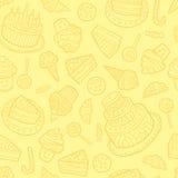 Άνευ ραφής σχέδιο με τα γλυκά σε ένα κίτρινο υπόβαθρο Ελεύθερη απεικόνιση δικαιώματος