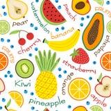 Άνευ ραφής σχέδιο με τα φρούτα και τις επιγραφές ελεύθερη απεικόνιση δικαιώματος