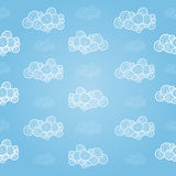 Άνευ ραφής σχέδιο με τα hand-drawn σύννεφα Στοκ Φωτογραφίες
